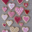 Red and pink heart cookies - Foto Stock