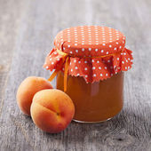 Apricot jam and fresh fruits — Stock Photo
