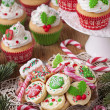 Christmas cup cakes — Stock Photo #36698141
