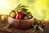 Bowl with mixed olives — Zdjęcie stockowe