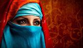 阿拉伯文的女人 — 图库照片
