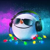Funny snowball — Stock Photo