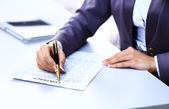 Business worker signing the contract to conclude a deal — Stock Photo
