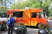 Cheezy Bizness food truck — Stock Photo