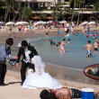 Waikiki Beach wedding photos — Stock Photo #27472375