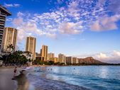 Waikiki beach at sunset — Stock Photo