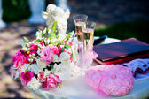 Wedding ceremony outside, champagne — Stock Photo