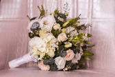 Wedding bouquet with rose and hydrangea — Stock Photo