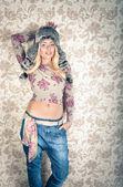 Beautiful fashion woman — Stock Photo
