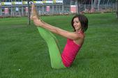 Prometida en el yoga — Foto de Stock