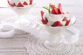 Fresas con crema — Foto de Stock