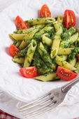 Noodles with spinach — Stock Photo