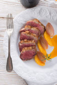 Goose's fillet with orange sherry sauce — Stock Photo