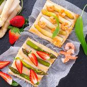 Asparagus tarte — Stock Photo