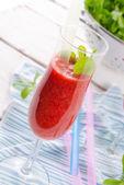 Erdbeer smoothie — Stockfoto
