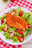 Steak with salad — Stockfoto