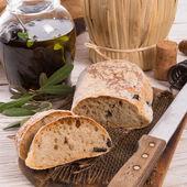 Ciabatta di oliva fatto in casa — Foto Stock