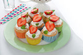 Strawberry muffins — Стоковое фото
