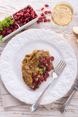 Liver with Cranberries — Stock Photo