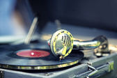 Old gramophone with record — Stock Photo