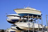 Övervintring av båtar utom säsong — Stockfoto