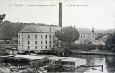 Old postcard of Fismes, factory of felt hats and the laundrette on the vesle — Stock Photo
