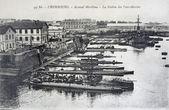 シェルブール、海洋アーセナル、潜水艦の駅の古いポストカード — ストック写真