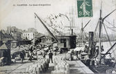 Old postcard of Nantes, the quay of Aiguillon — Stock Photo