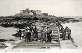 Old postcard of Saint-Malo, Reservoirs and strong national — Stock Photo