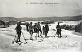 Old postcard of Bruyeres, a group of skiers — Stok fotoğraf