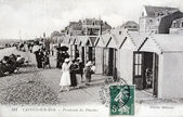 Old postcard of Cayeux, Walk boards and cabins — Photo