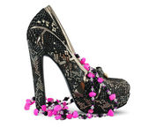 High heels shoe and necklace — Stock Photo