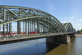 Enjoy to walk along the promenade at the Hohenzollern bridge — Stock Photo