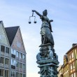 Lady Justice in Frankfurt at the Roemer place — Stok fotoğraf