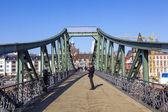 On bridge eiserner Steg in Frankfurt, Germany. — Stock Photo