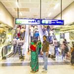 Passengers alighting metro train — Stock Photo #15293175