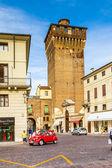 Torre di castello, em vicenza, antigo edifício histórico de fortaleza — Foto Stock