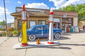 Old retro filling station in Williams — Stock Photo