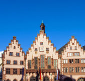 Famous Roemerberg in Frankfurt, the former historic city center — Foto Stock