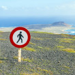 Tresspassing forbidden sign at the cliff — Stock Photo