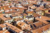 Vackra italienska staden verona från torre dei lamberti — Stockfoto