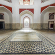 Inside humayuns tomb with marble tomb — Stock Photo