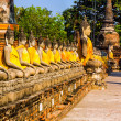 Buddha statues at the temple of Wat Yai Chai Mongkol in Ayutthay — Photo
