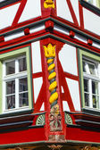 Old town of wetzlar with timbered houses and carvings in the woo — Стоковое фото