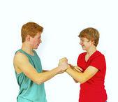 Irmãos se divertir juntos — Fotografia Stock