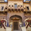 Beautiful old haveli in Mandawa, Rajasthan, India — Stock Photo