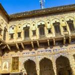 Beautiful old haveli in Mandawa, Rajasthan, India — Stock Photo #21596849