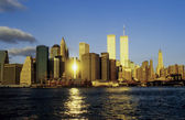 Tweelingtorens in new york in zonsondergang — Stockfoto