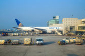 Aircraft at the gate — Stock Photo
