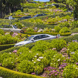View of Lombard Street, the crookedest street in the world, San — Foto Stock